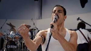 Rami Malek è Freddie Mercury