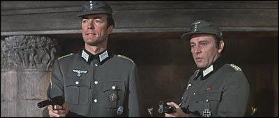 Clint Eastwood #22 Dove Osano le Aquile