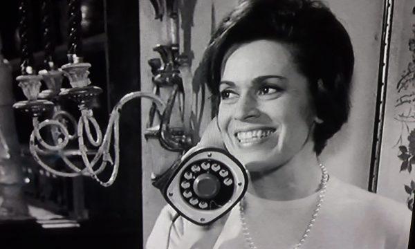 Storia del cinema italiano: Gli onorevoli (1963)
